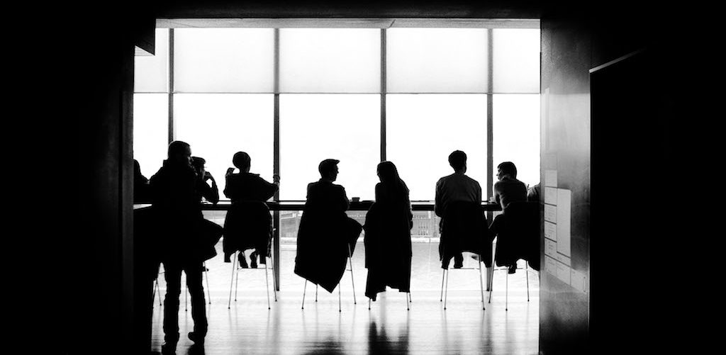 how to manage a multicultural team With today's global economy and the growing ethnic and racial diversity found throughout the country, multicultural workplaces are becoming the norm for many employers.